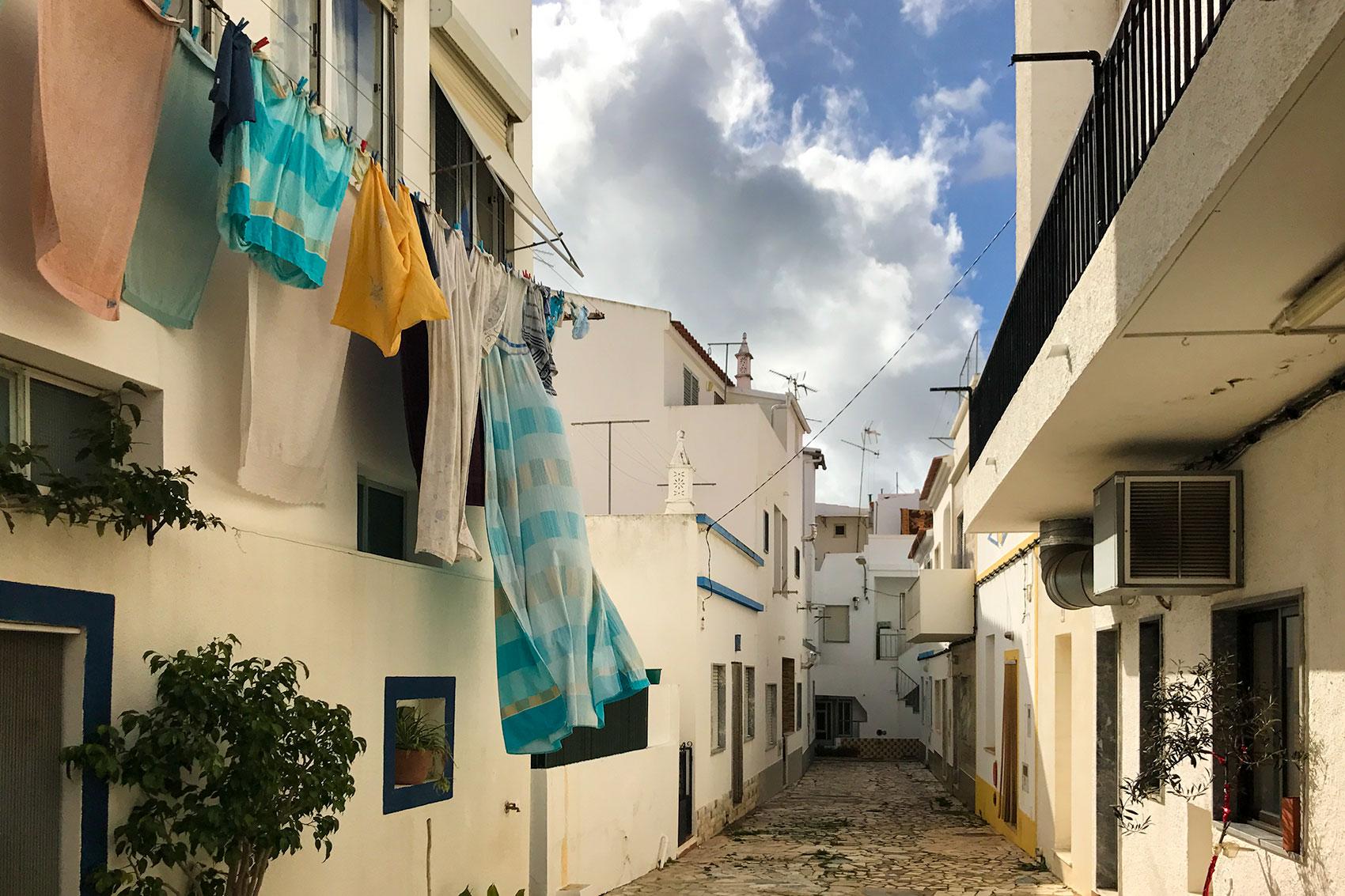 Manta Rota - endlich in Portugal - Wie Zirkus